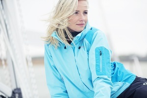 ブログIN32JW_Womens_Inshore Lite Jacket_Blue_1_retouched