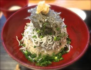 生しらす丼@秋本(Shirasu bowl @ Akimoto)