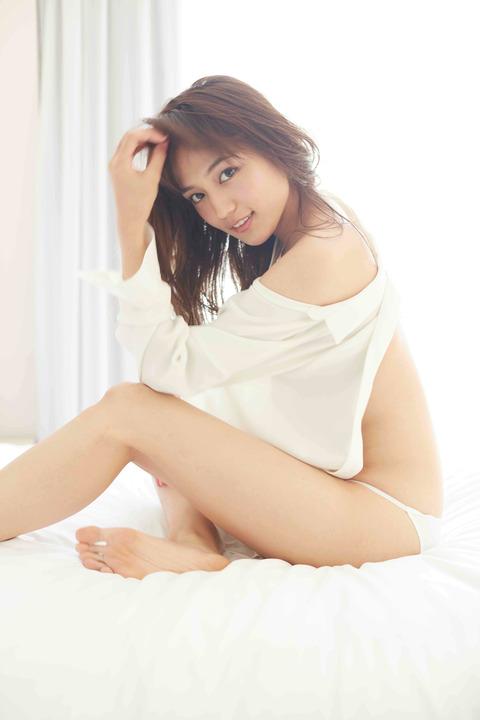 川口春奈ちゃんがドスケベ写真集とカレンダー発売wwwwwwwwwwwwwwww