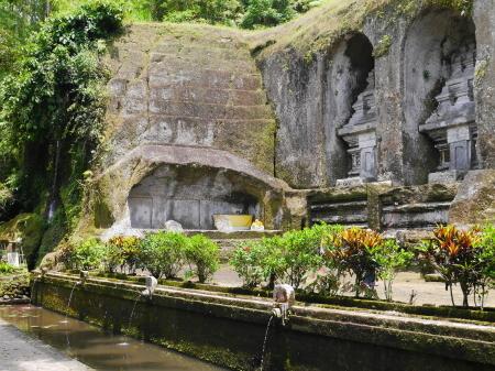 反対側の陸墓