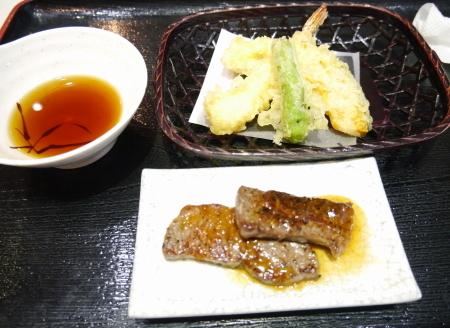 ステーキと天ぷら