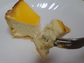 焼きたてチーズタルト06
