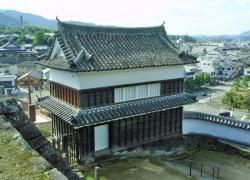 №12・井楼櫓脇の石垣から見た「畳櫓」