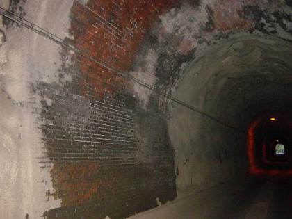 坂下隧道05