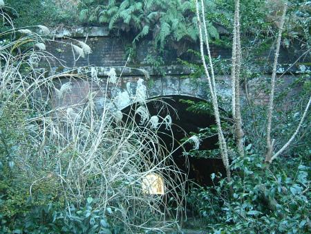 坂下隧道09