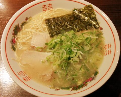 福岡 中洲 博多荘 ラーメン ワンタンメン