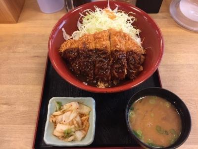 161208かつさと豊橋広小路店ランチB味噌カツ丼と選べる一品キムチとミニ豚汁セット648円