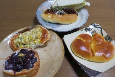 Boulangerie Queueのパン(サンド・バーガー、ピザ・タルト&パン)
