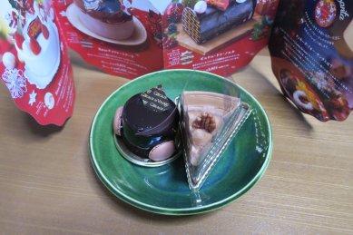 ケーキ(ムース・オ・ショコラ、イタリアンショートケーキ)