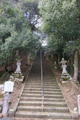 温泉寺への石段