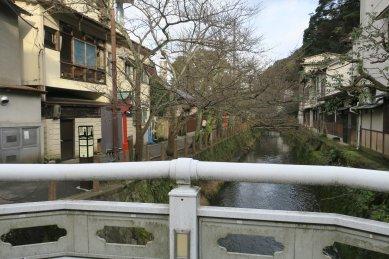 曼荼羅橋から木屋町通り
