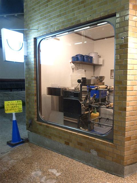 160405アノラーメン製作所-製麺室