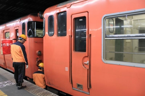 朝の広島駅⑧