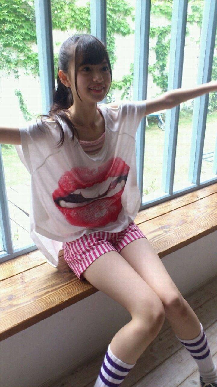 齋藤飛鳥の着衣おっぱい画像