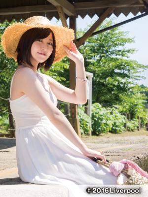 岩田華怜のDVD「いわたかれん ふぁーすと」画像