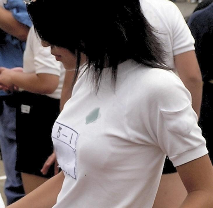 体操着を着た巨乳JS(小5)の着衣巨乳