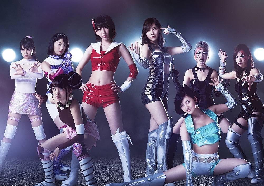 AKB48メンバーが女子プロレスラー役に挑戦するドラマ「豆腐プロレス」で女子プロレスコスプレをした横山由依、宮脇咲良、兒玉遥、向井地美音、白間美瑠ら