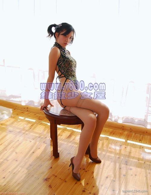 中国の下着モデル