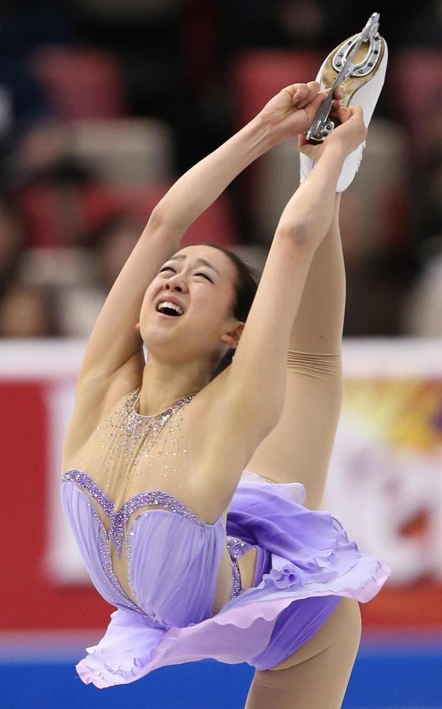 フィギュアスケート競技中に衣装から乳首ポロリしている浅田真央
