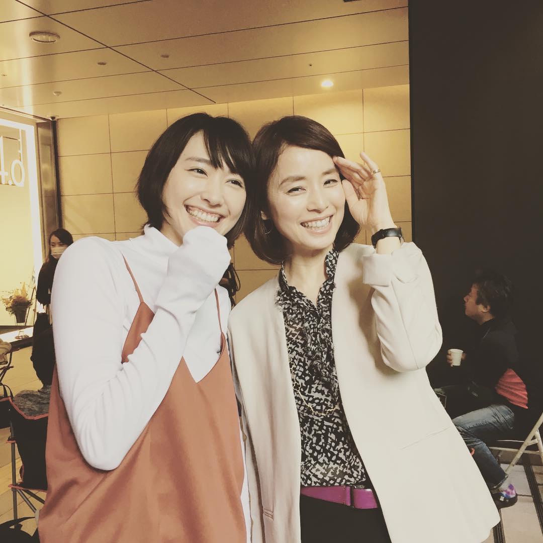 新垣結衣と石田ゆり子のツーショット