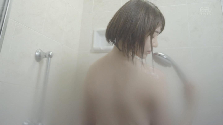 ドラマ「キャバすか学園」のシャワーシーンで全裸になってる宮脇咲良