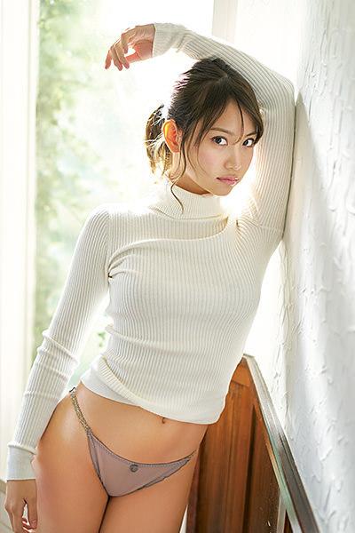 「ヤングガンガン 2017年4号」永尾まりやの下着グラビア