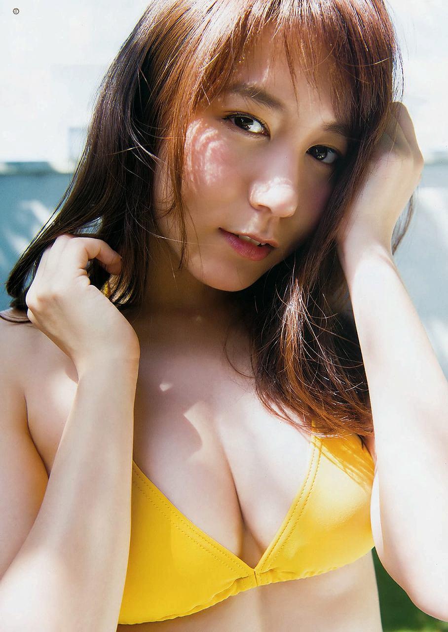「ヤングガンガン 2016 No.21」大場美奈の水着グラビア