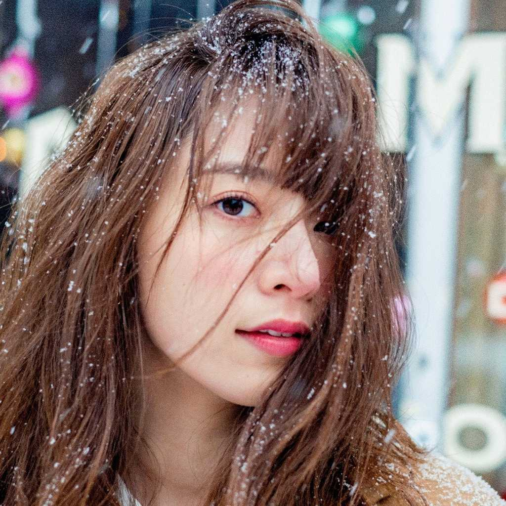 橋本奈々未の2nd写真集「2017」