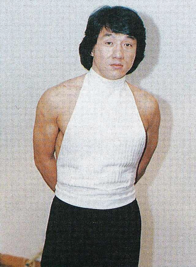 童貞を殺すセーターを着たJC(ジャッキー・チェン)