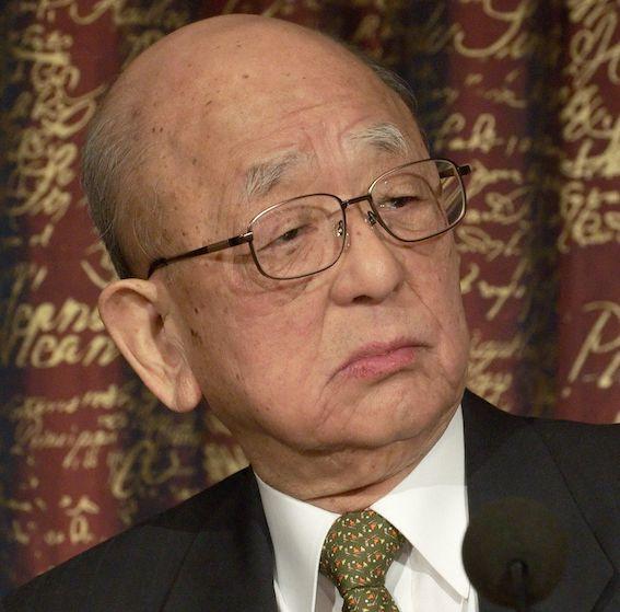 北海道大学の鈴木章名誉教授