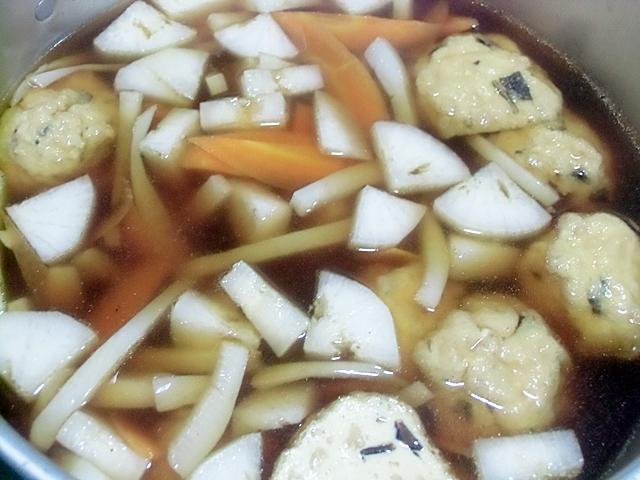 野菜とがんもの汁