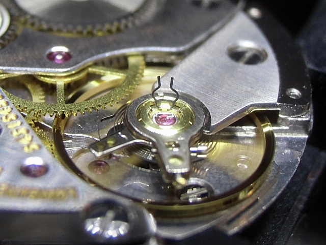 15-開閉する耐震装置