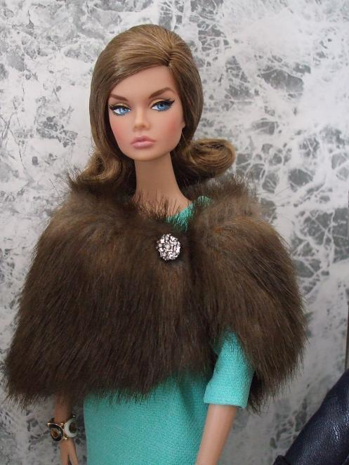 Model Living Poppy Parker10