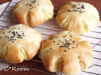 さつま芋のパン01