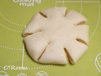 さつま芋のパン04