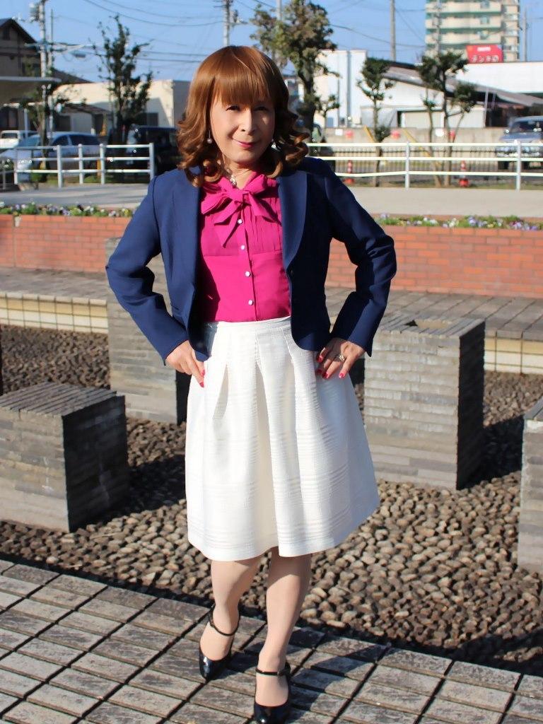 紺ジャケット白フレアースカートA(3)