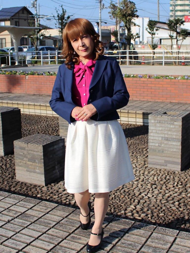 紺ジャケット白フレアースカートA(4)