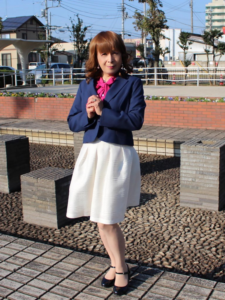 紺ジャケット白フレアースカートA(7)