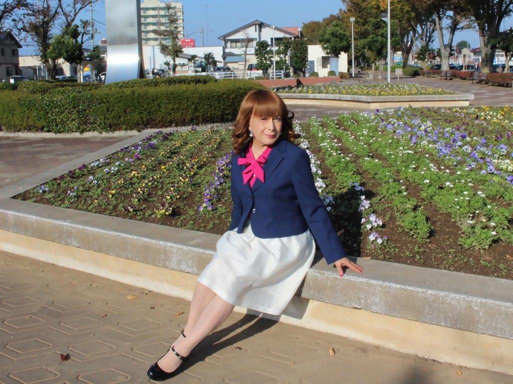 紺ジャケット白フレアースカートA(8)