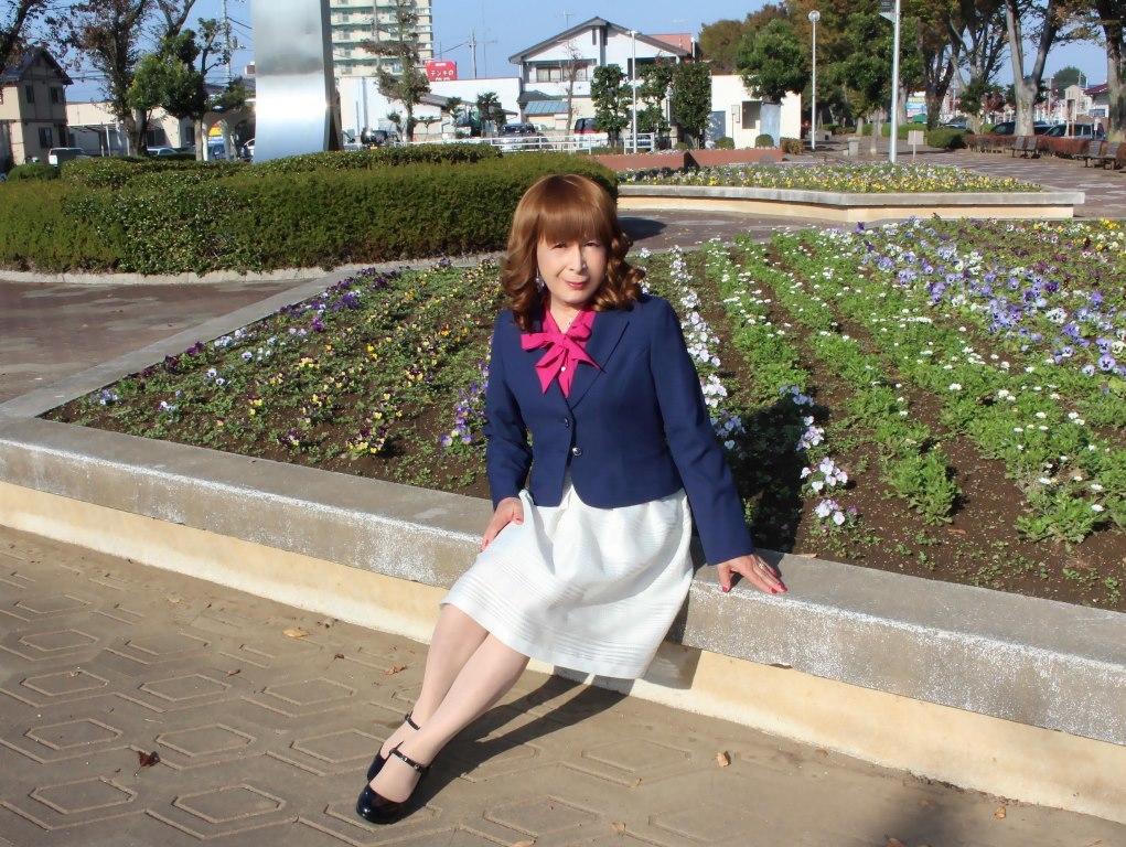 紺ジャケット白フレアースカートA(9)