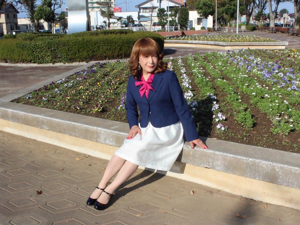 紺ジャケット白フレアースカートA(10)