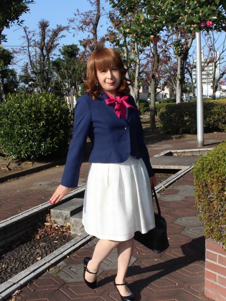 紺ジャケット白フレアースカートB(4)