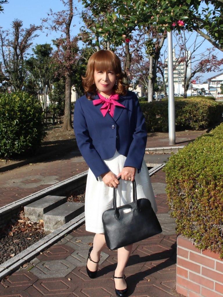 紺ジャケット白フレアースカートB(5)