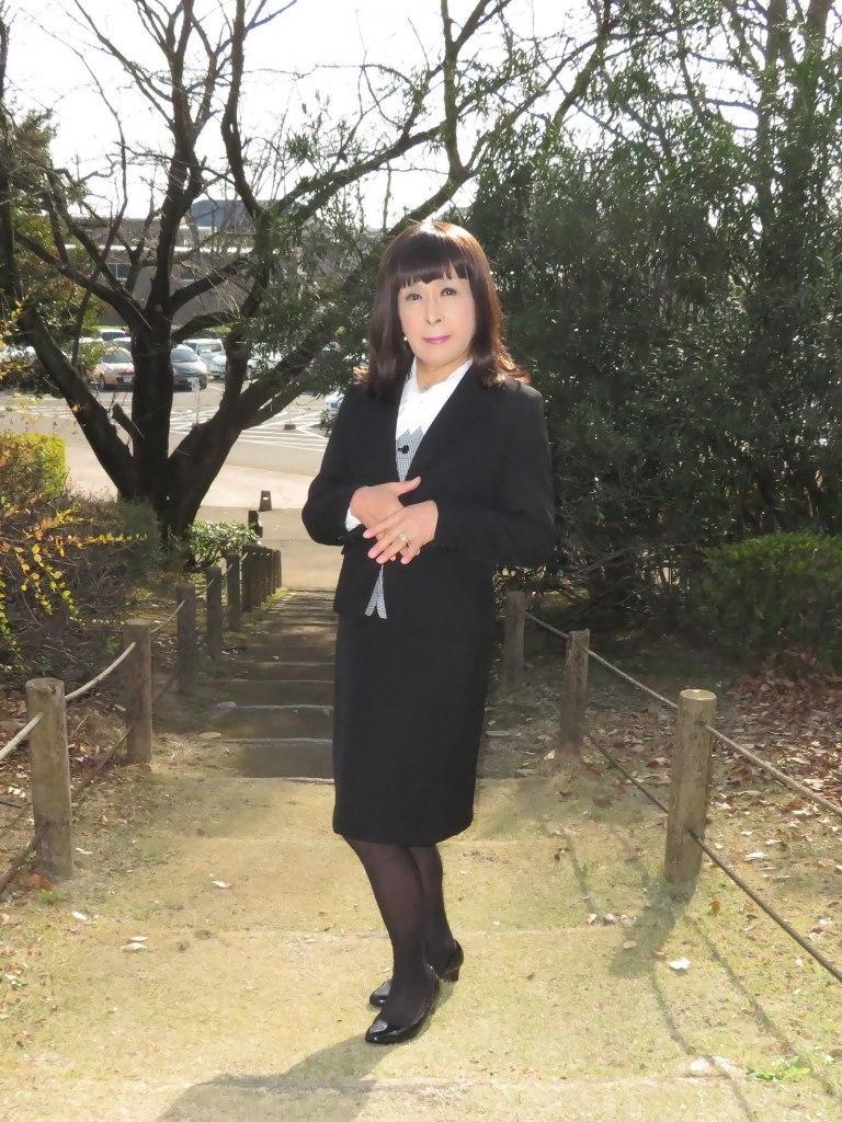 黒OLスーツA(3)
