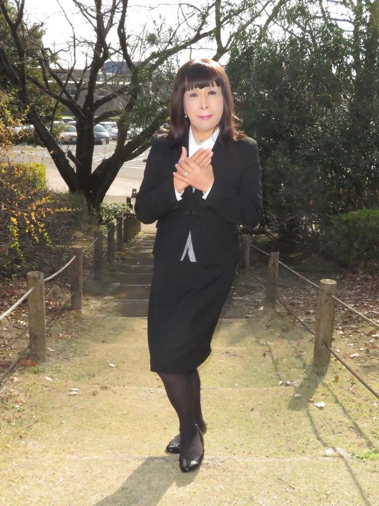 黒OLスーツA(4)