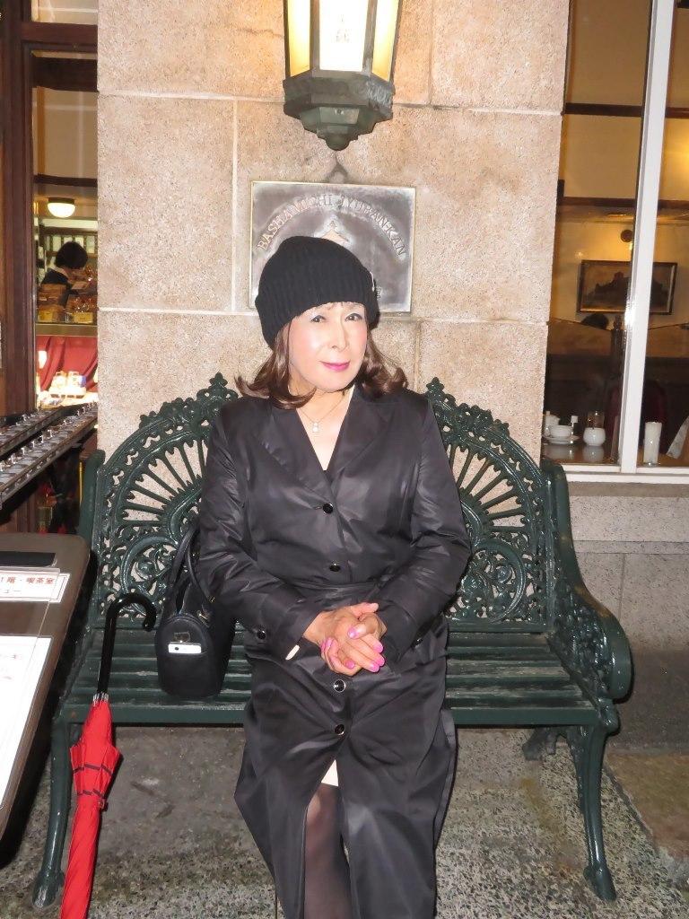 黒のコート横浜B(1)