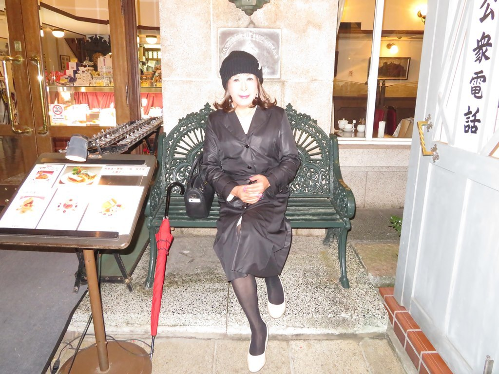 黒のコート横浜B(2)
