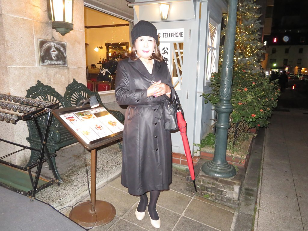 黒のコート横浜B(3)