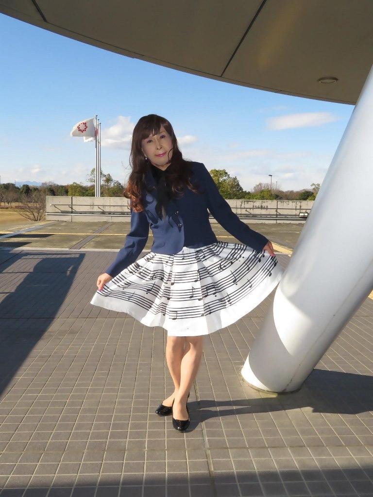 音符柄スカート紺ジャケットB(2)