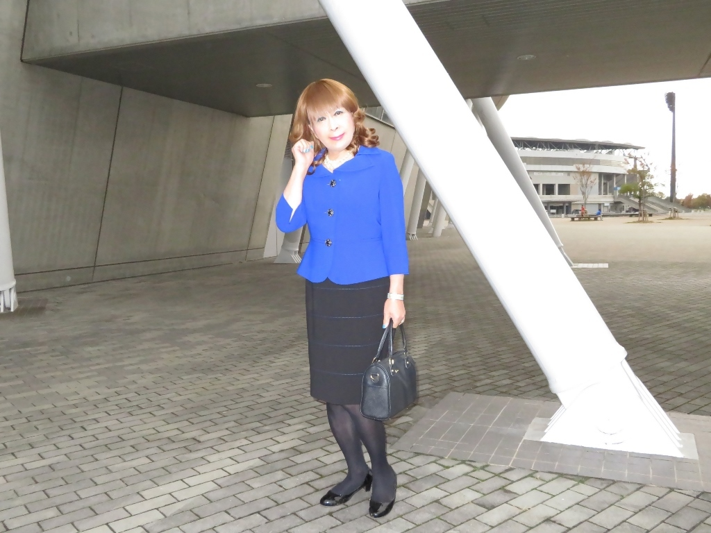 青色のアンサンブルスーツA(6)